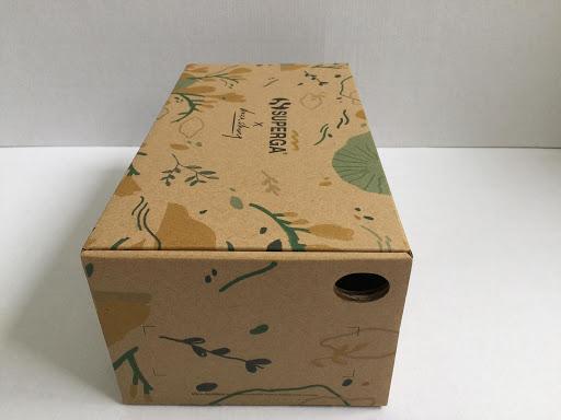 hộp đựng giầy