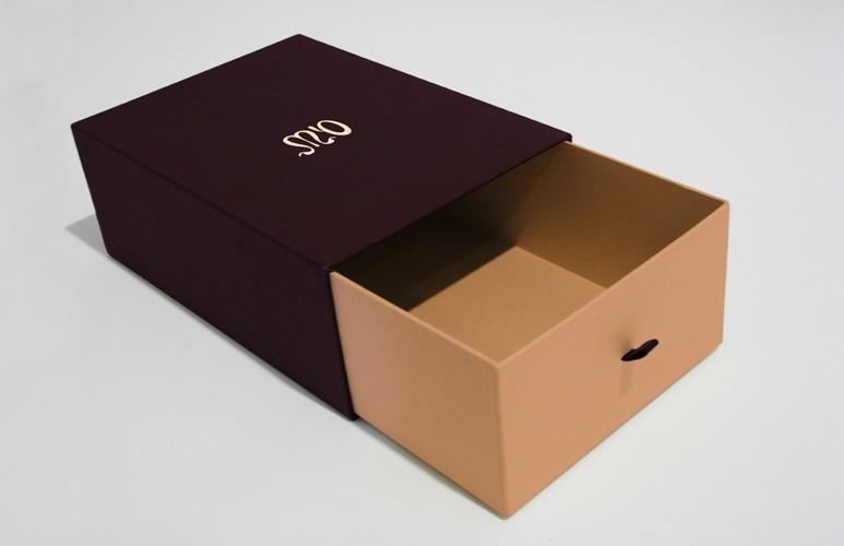 hộp đựng quà cỡ lớn