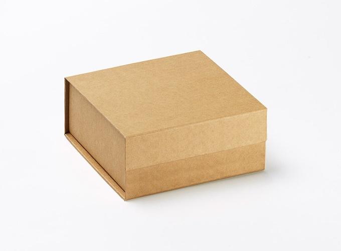 hộp giấy cứng