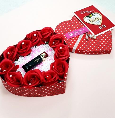 hộp quà hình trái tim