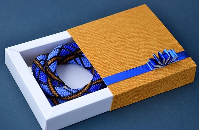 làm hộp đựng quà