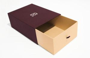 hộp đựng giày bằng giấy